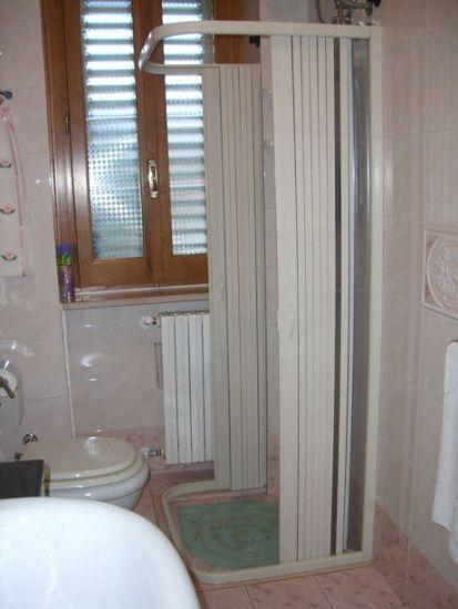 box doccia saturnia 3 lati apertura centrale doppia anta. Black Bedroom Furniture Sets. Home Design Ideas